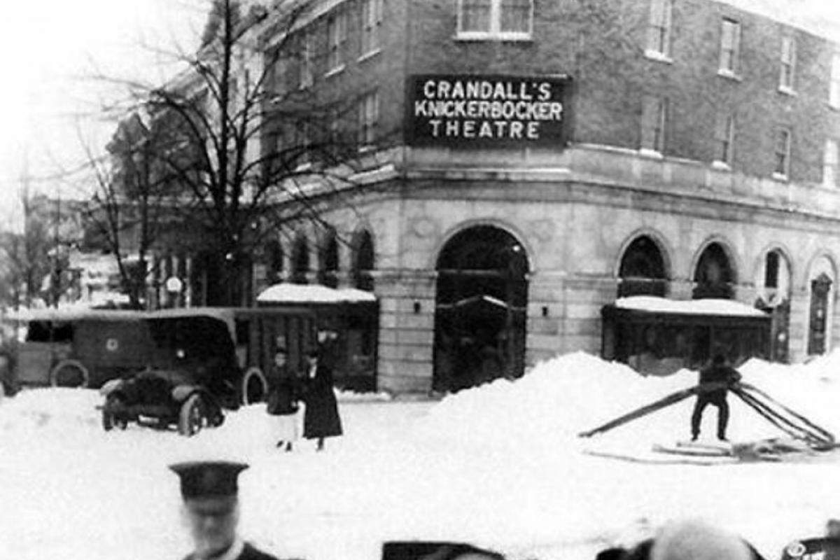 Knickerbocker Theatre in the storm of 1922