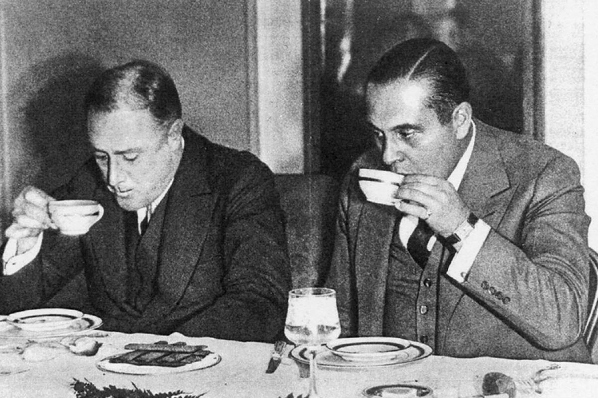 Generoso Pope (right), an Italian-American businessman and newspaper publisher, and future president Franklin D. Roosevelt.