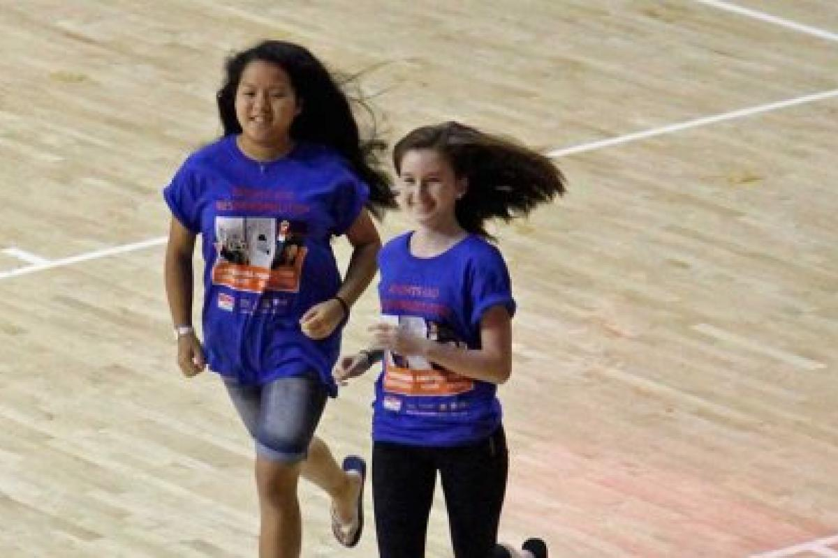 National History Day students race to receive their award