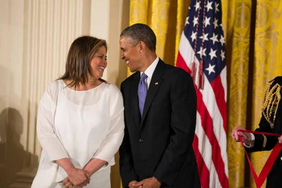 Anna Deavere Smith and President Obama, National Humanities Medals