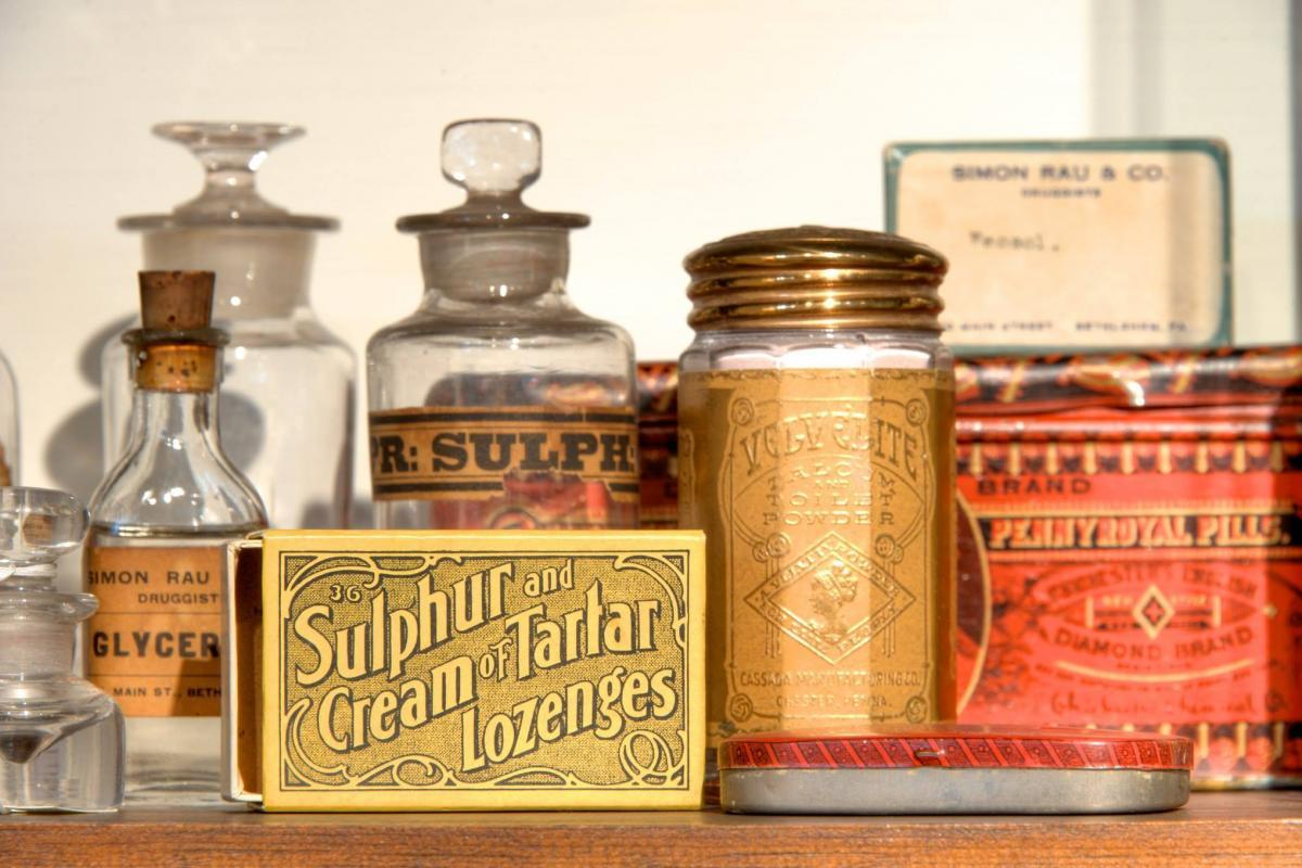 Medicines at 1752 Apothecary