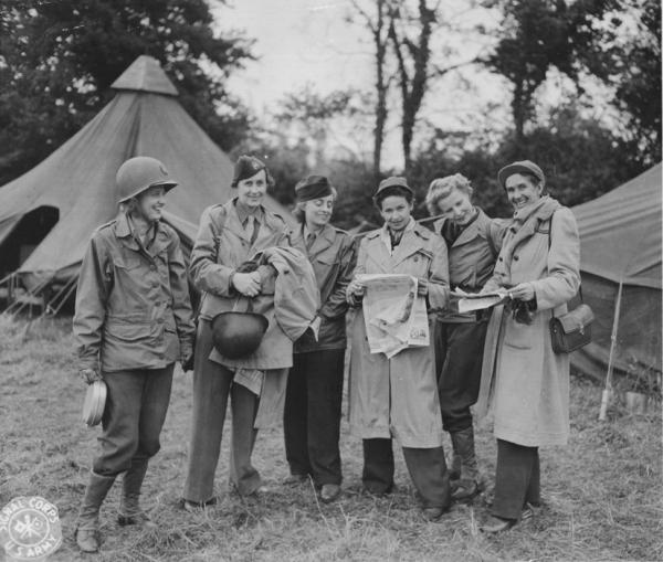 Reporter Ruth Cowan far left with Group of Women War Reporters, 1944.