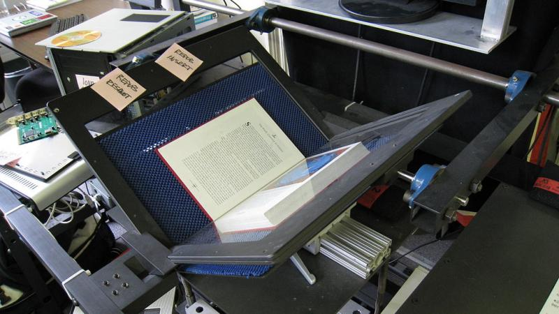 Internet archive book scanner