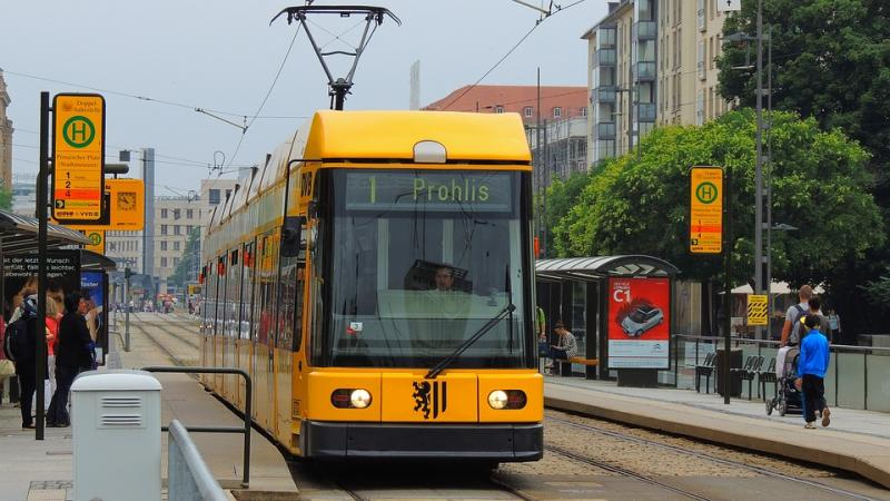 A yellow tram in Dresden