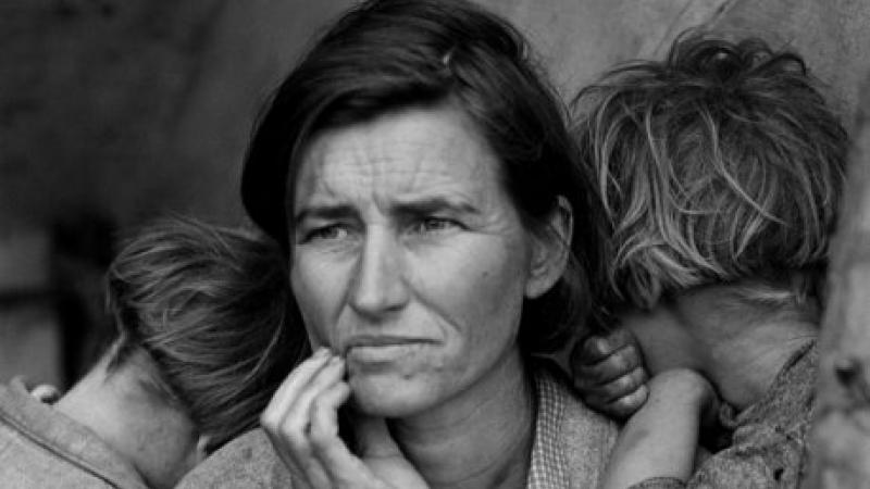 "Dorothea Lange, ""The Migrant Mother"""