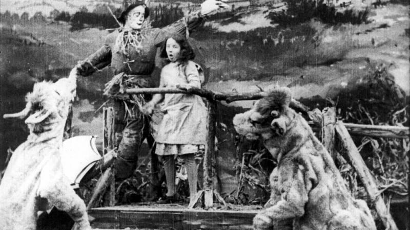 Screenshot from 1910 The Wonderful Wizard of Oz