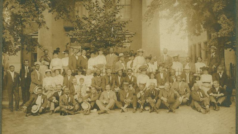 Niagara Movement members outside the Jefferson County Courthouse in Charles Town, West Virginia, August 1906