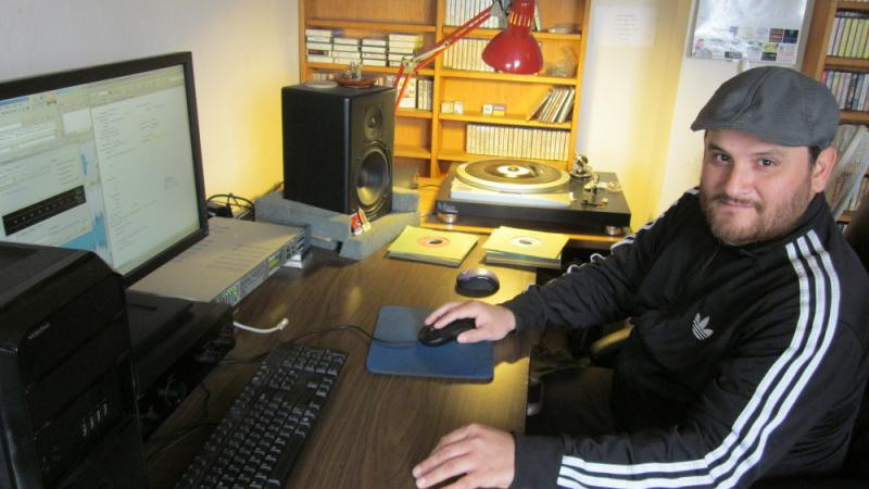 Antonio Cuellar has digitized 100,000 recordings from the Frontera Collection.