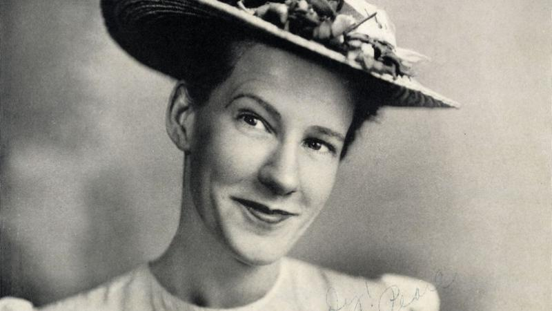 Minnie Pearl. John Edwards Memorial Collection (#20001).