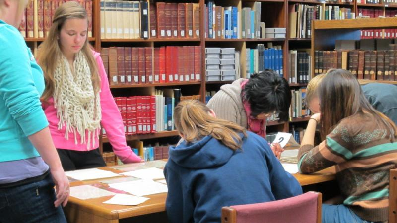 Students at The Swenson Swedish Immigration Research Center